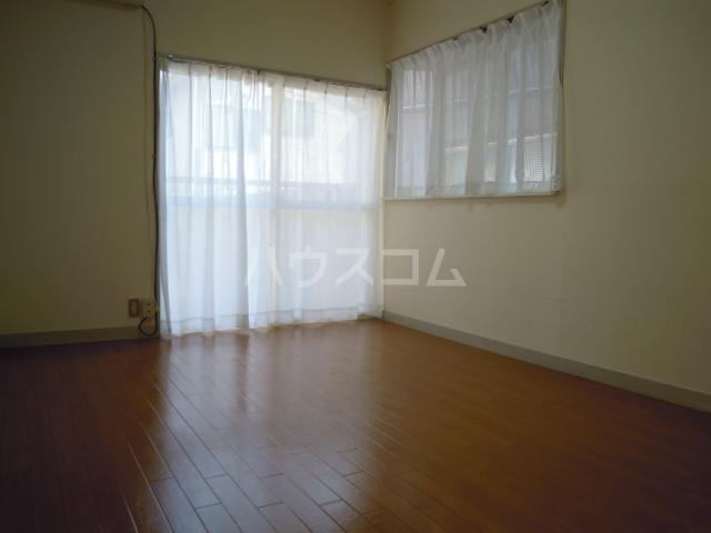 ウエストキャッスル諏訪 202号室のベッドルーム