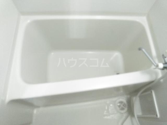 グランシャリオ 303号室の風呂
