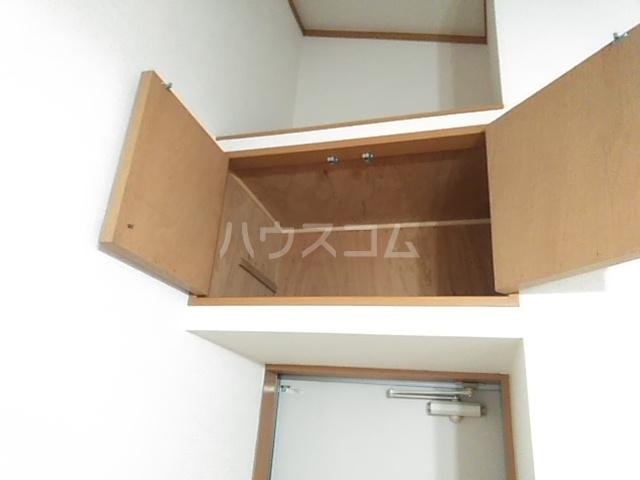 グランシャリオ 303号室の収納