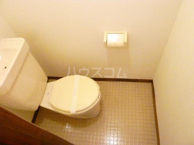 パークサイド2 102号室のトイレ