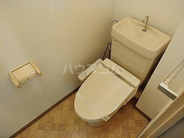 トミーハウス 501号室のトイレ