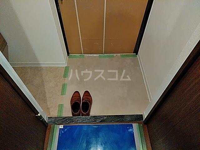 アスヴェル京都太秦 111号室の玄関