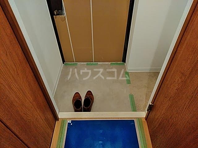 アスヴェル京都太秦 212号室の玄関