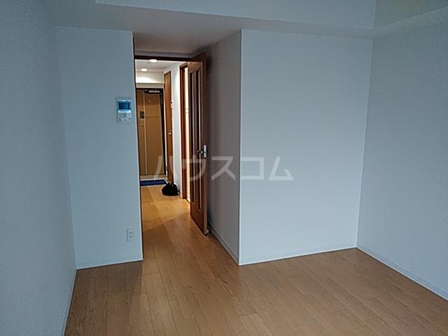 アスヴェル京都太秦 306号室のリビング