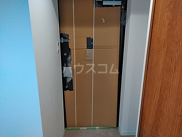 アスヴェル京都太秦 306号室の玄関