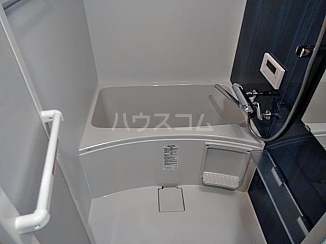 アスヴェル京都太秦 603号室の風呂