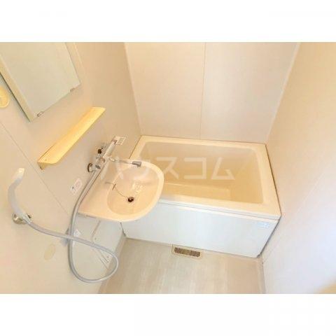 サンハイツかどやB棟 202号室の風呂