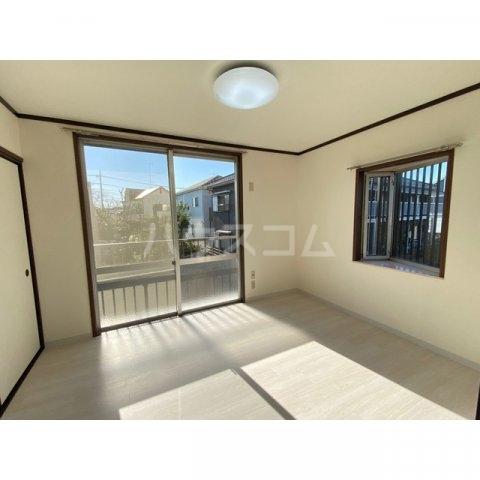 サンハイツかどやB棟 202号室のベッドルーム