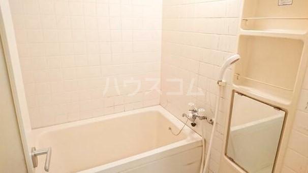 レーベン欅 203号室の風呂