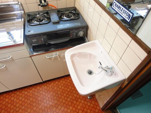 プチハイムキムラ 1-B号室の洗面所