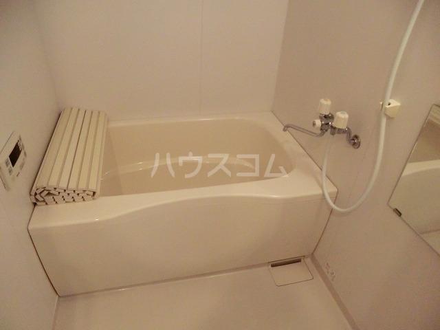 アイユー栗ノ木 207号室の風呂