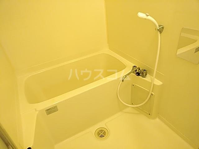 千里ロイヤルハイツ 105号室の風呂