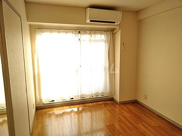 千里ロイヤルハイツ 105号室のベッドルーム