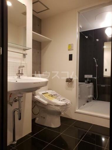 ALERO Kamiochiai 104号室の洗面所