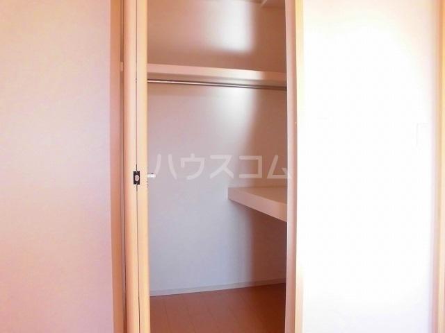 スウィートピーB 02040号室の収納