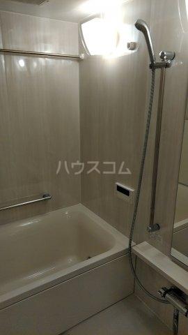ドゥーエ早稲田 514号室の風呂