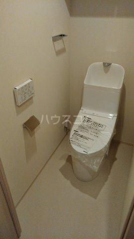 ドゥーエ早稲田 514号室のトイレ