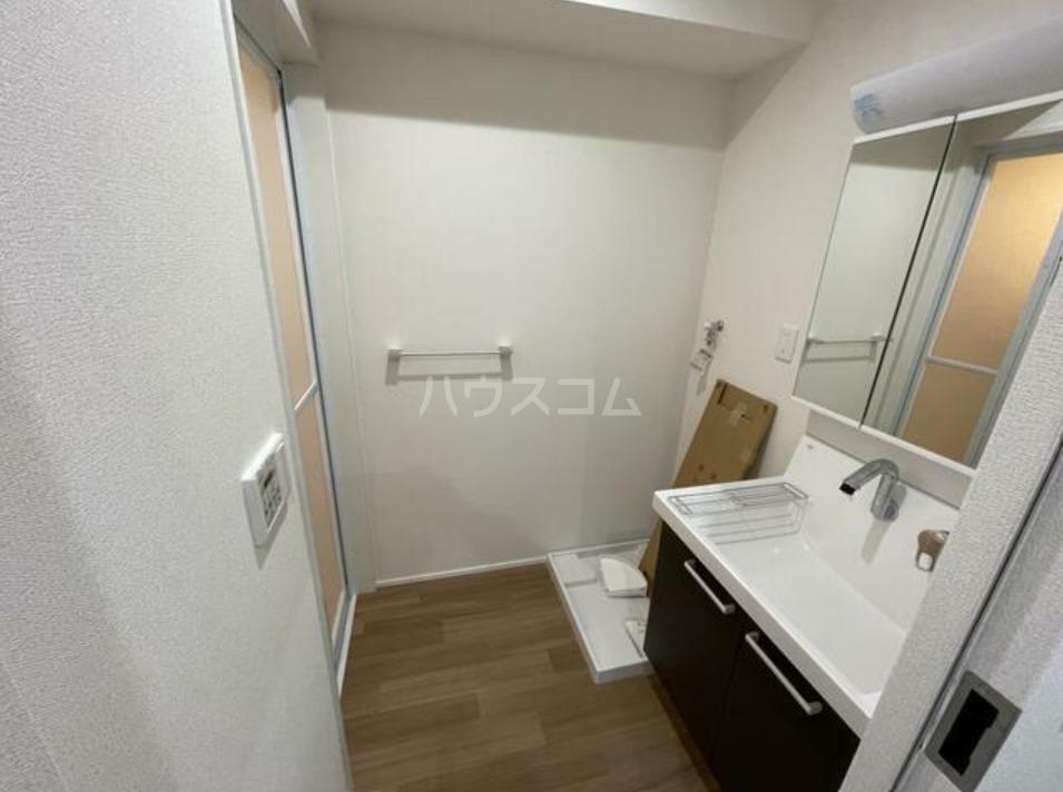 ハイツグレース 606号室の洗面所