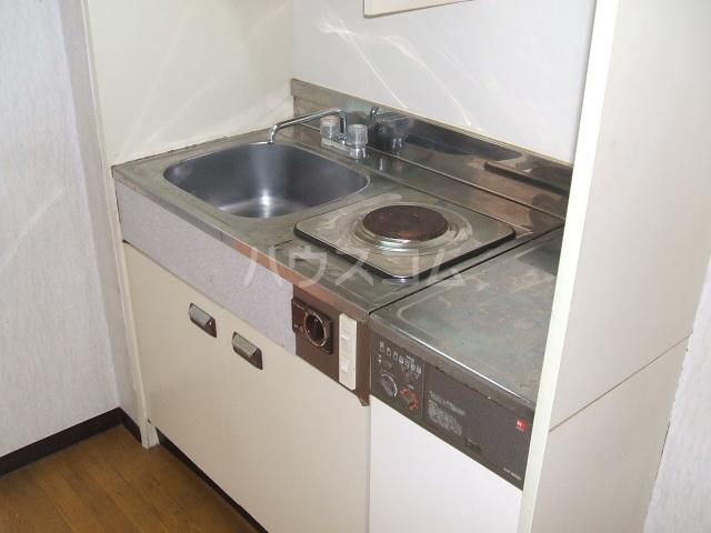 アネーロ岸和田 401号室のキッチン