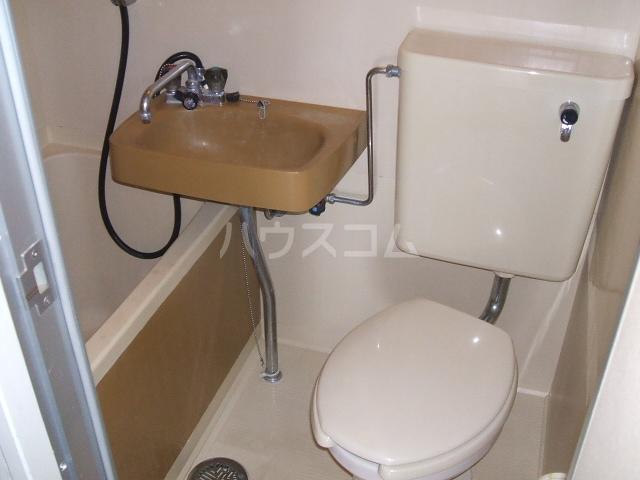 アネーロ岸和田 401号室のトイレ