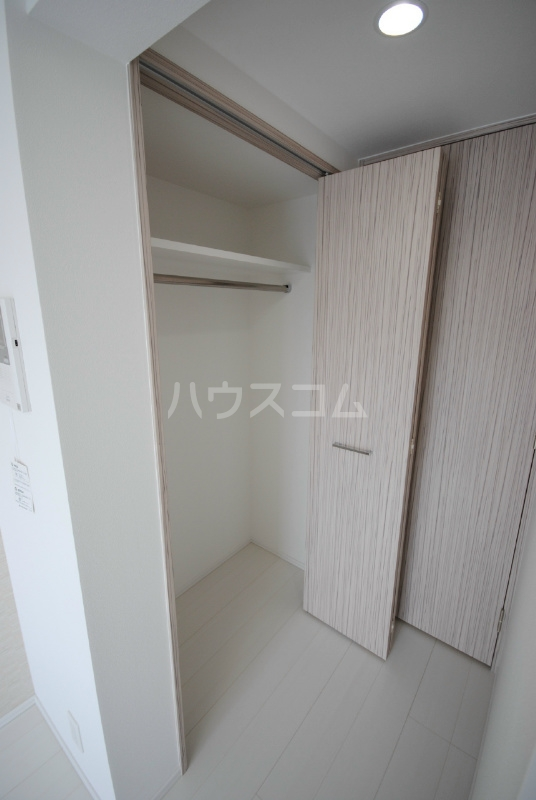 プレミアムキューブ大崎 212号室の収納