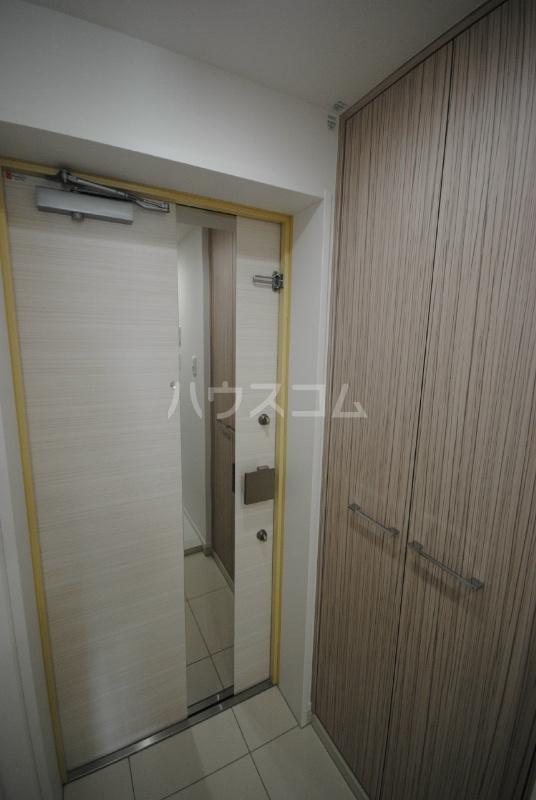 プレミアムキューブ大崎 212号室の玄関