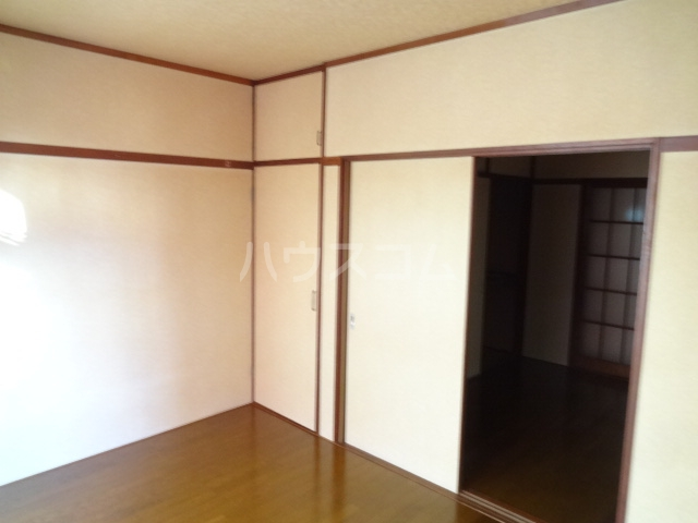 タウンハウス習志野台 102号室の居室