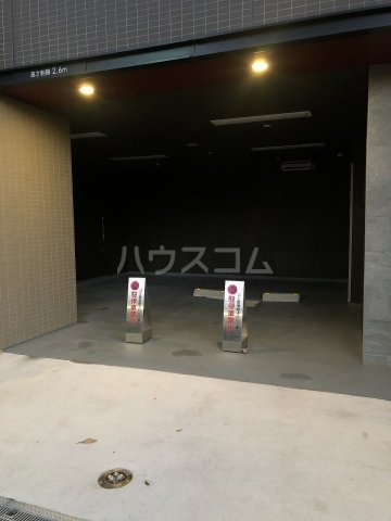 びゅうリエットグラン新宿戸山 619号室の駐車場