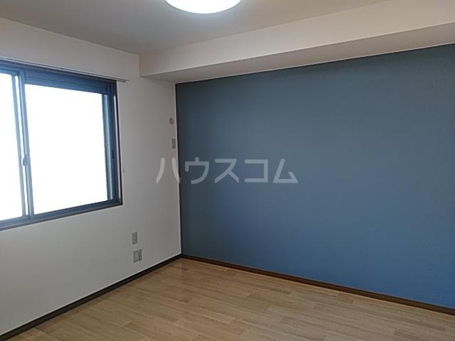 グランフォーレ 202号室のベッドルーム
