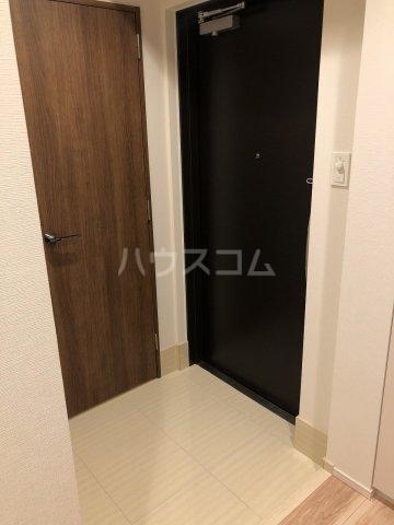 びゅうリエットグラン新宿戸山 519号室の玄関