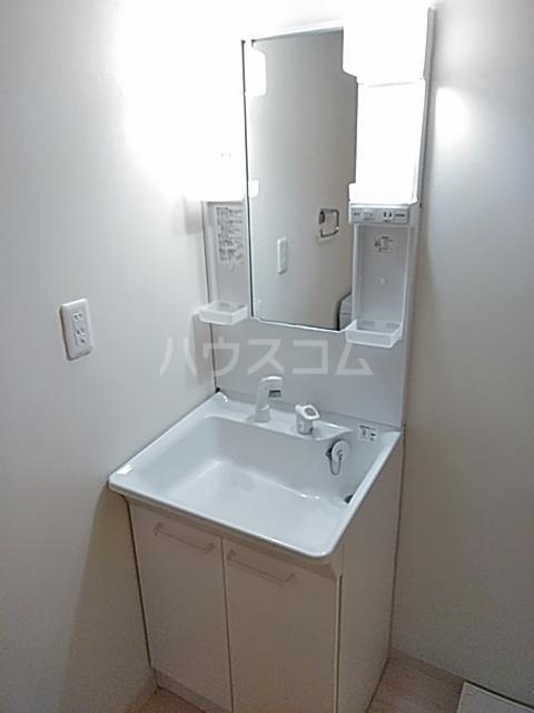 シエロ湘南 305号室の洗面所