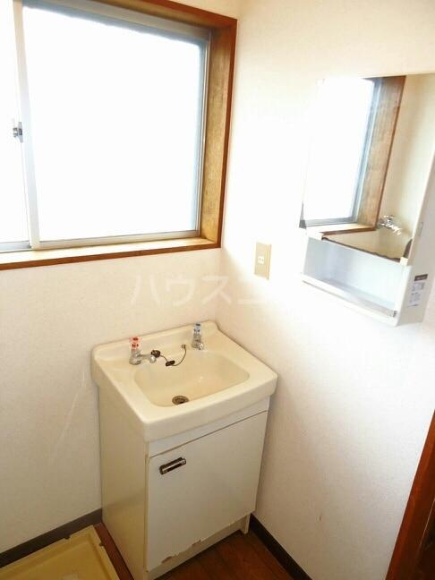 シティハイツ浪の上 02010号室の洗面所
