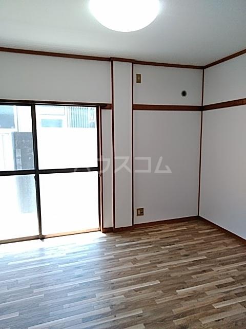 竹ノ下コーポB 1号室のリビング