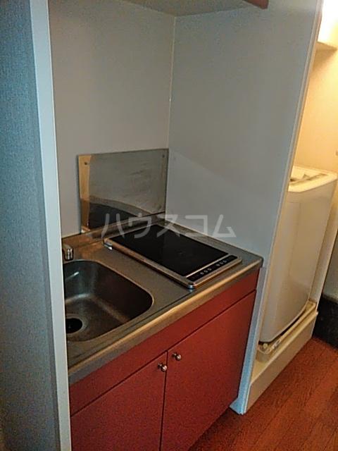 レオパレスTN壱番館 110号室のキッチン