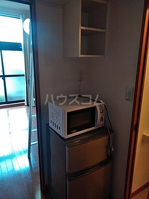 レオパレスTN壱番館 202号室の収納