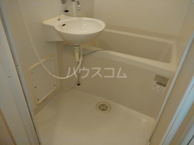 レオパレスTN壱番館 202号室の風呂