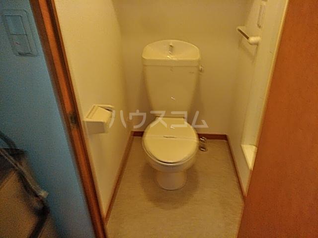 レオパレスTN壱番館 202号室のトイレ