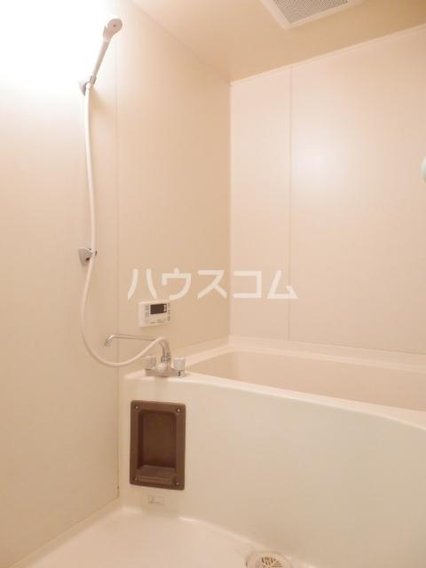 アピシス狭山 303号室の風呂