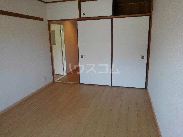 エスポワールN・I 03030号室の居室