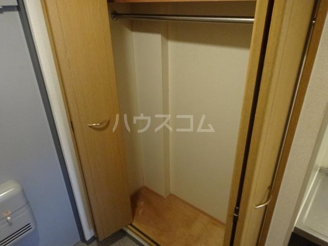 ブランベージュ桂 101号室の玄関