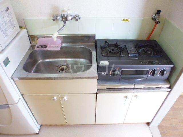 サンリーベプラザ 201号室のキッチン