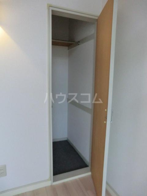Kozy3番館 210号室の収納