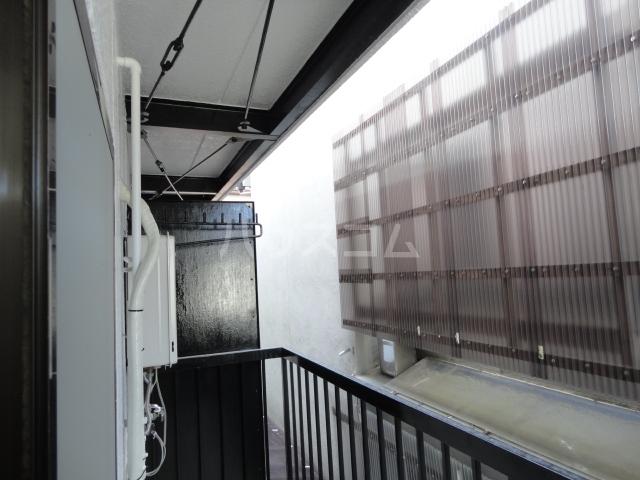グリーンパレス桂 203号室の景色