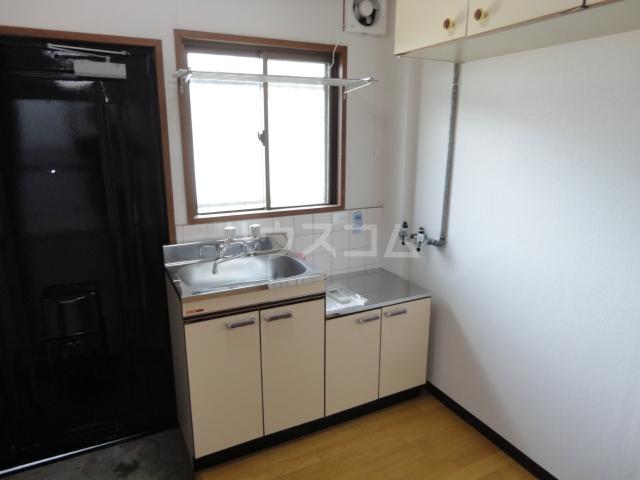 グリーンパレス桂 203号室のキッチン
