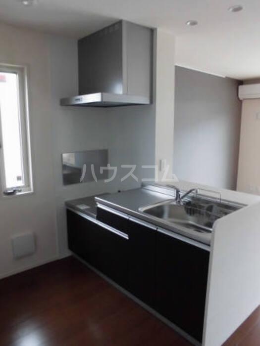 ビューテラス平井A 102号室のキッチン