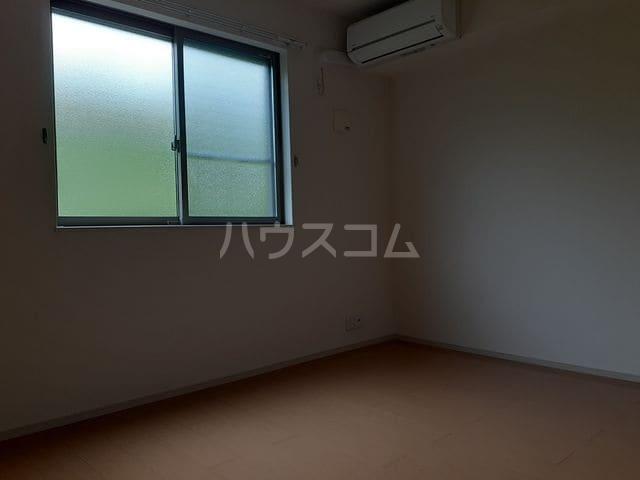 エクレ-ル・牧野 01030号室の居室