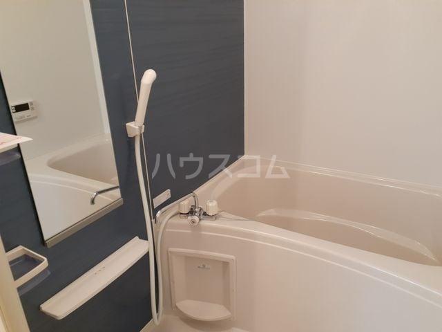 エクレ-ル・牧野 01030号室の風呂