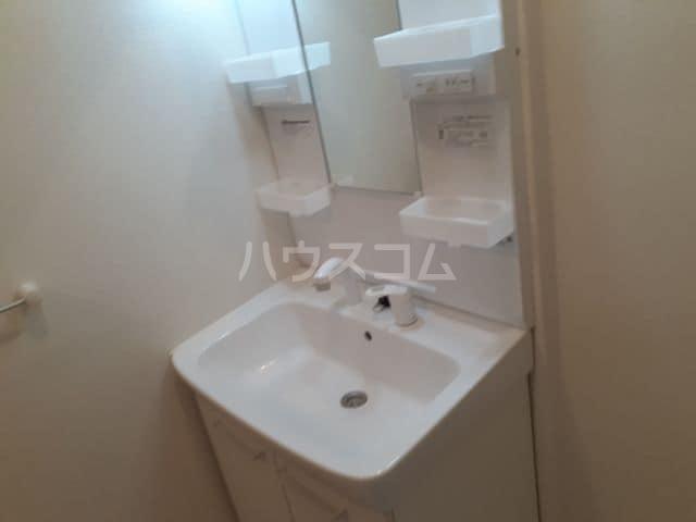 エクレ-ル・牧野 01030号室の洗面所