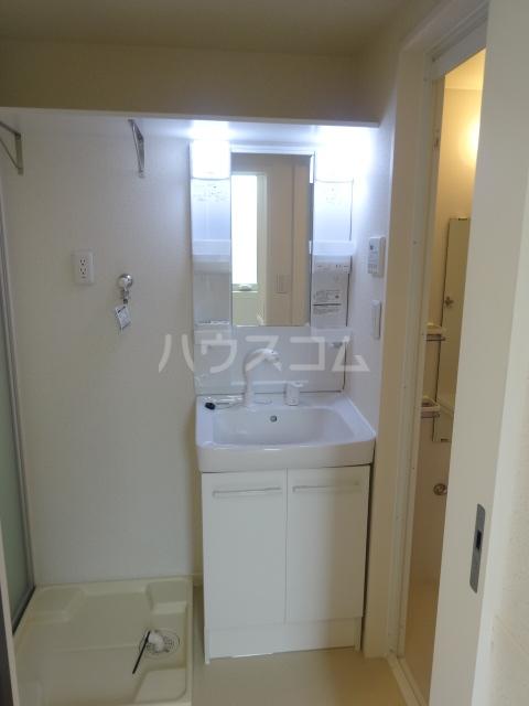 フォルス23 205号室の洗面所