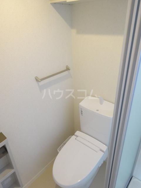フォルス23 205号室のトイレ